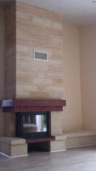 habillage d 39 un conduit de chemin e en ba13. Black Bedroom Furniture Sets. Home Design Ideas